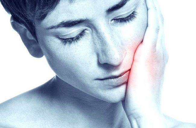 Болить зуб після того як заклали ліки з миш'яком