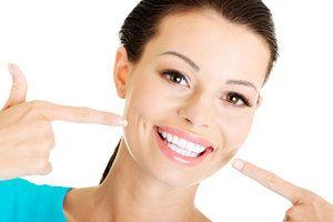 Як зміцнити емаль зубів домашніми засобами?