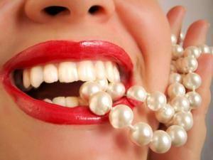 Як зміцнити хитаються зуб, які кошти можуть допомогти?