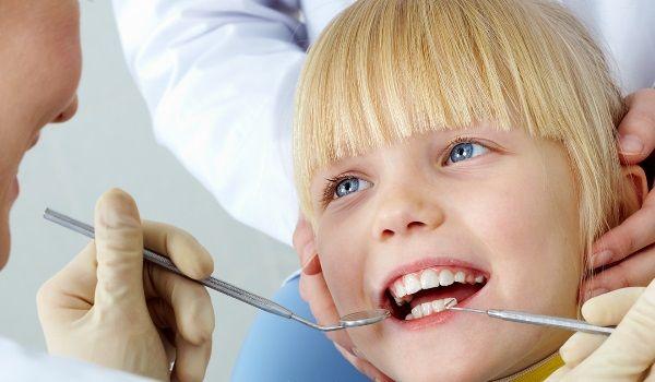 Особливості лікування карієсу у дітей