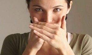 Який запах з рота відповідає захворюванню