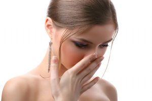 Причини запаху ацетону з рота у дитини і дорослого