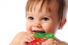 Догляд за першими молочними зубами